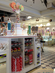 Magic Kingdom, Disney World, Main Street U.S.A.,  Minnie's Sweet Shop